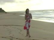 Видео голых баб за на пляже