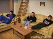 Видео групповой семейный секс